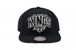 BLACK AND WHITE ARCH SNAPBACK LA KING