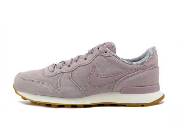 INTERNATIONALIST SE W