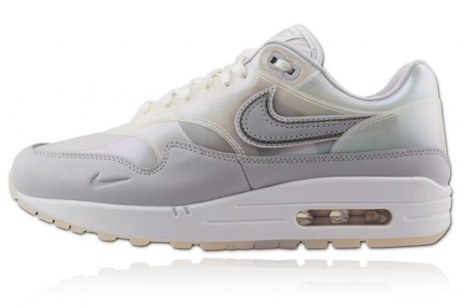 Nike Air Max 1 - SNKRS Day White 8. 8. 20 Woman