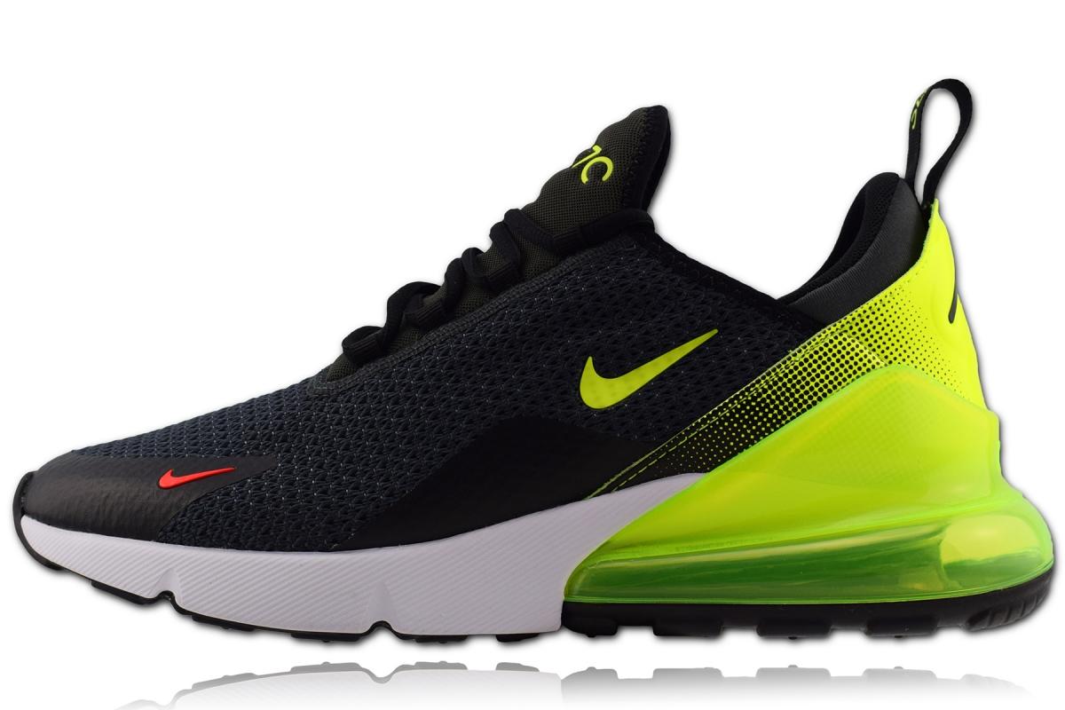 Nike Air Max 270 SE in Gr. 44,5